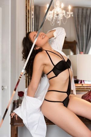Clara-marie independent escort & free sex