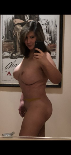 Agnese escort girl in Chico California