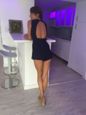 Manolie casual sex in Tamaqua, live escort